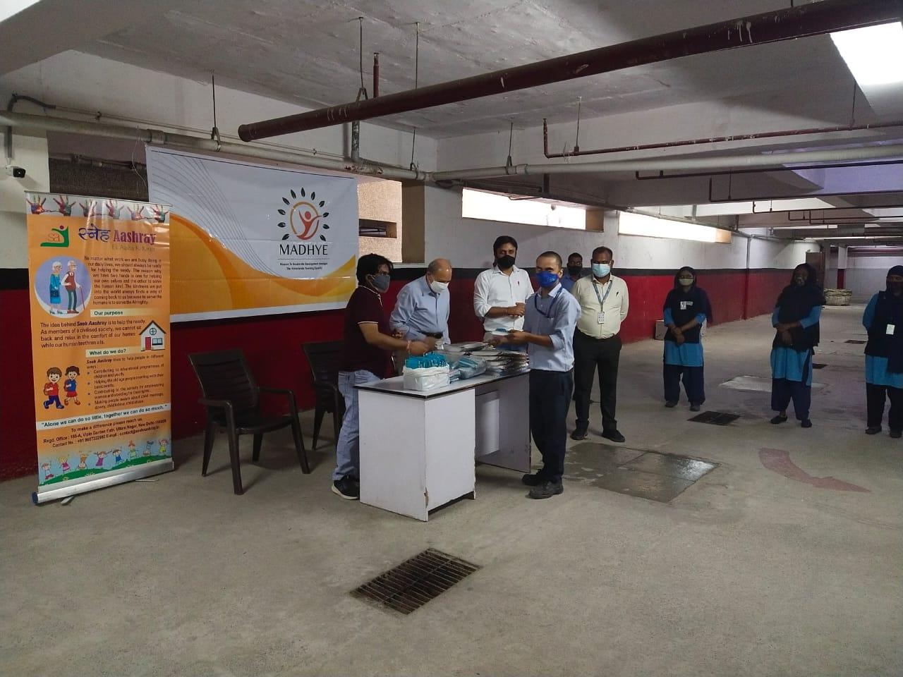 Mask distribution at Arihant 4
